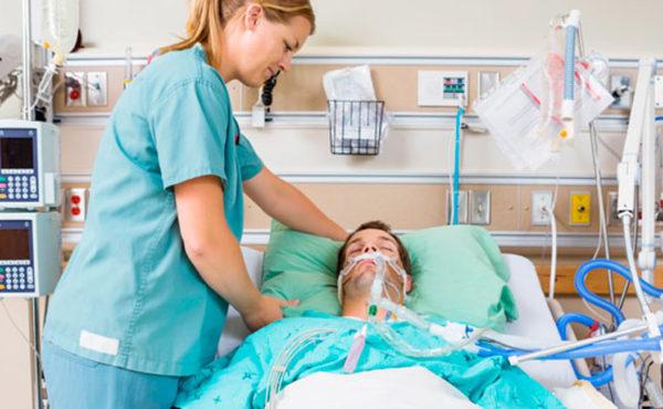 Diplomado en atención especializada de enfermería al paciente ingresado en cuidados intensivos