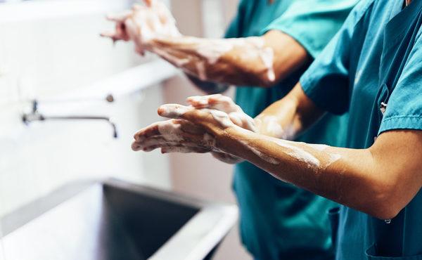 Higiene de manos y aseo del paciente